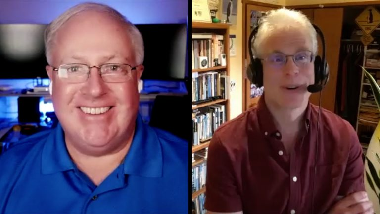 MacVoices #21178: MacVoices Live! – Adam Engst and Chuck Joiner at CIDER (1)