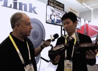Chuck Joiner, Webber Hsu of D-Link